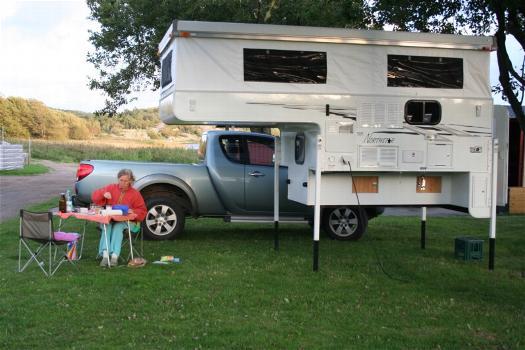 ber die kabinen northstarmobil wohnkabinen f r pickups. Black Bedroom Furniture Sets. Home Design Ideas